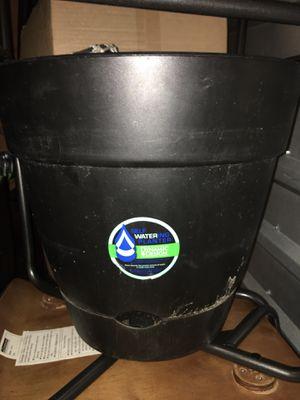 Plant pot for Sale in Cumming, GA