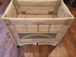 Free sleeper with purchase 2+ items for Sale in Troy, MI
