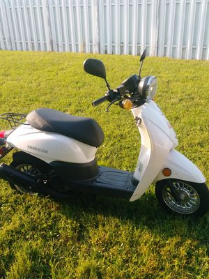 Motocicleta for Sale in Fort Myers, FL