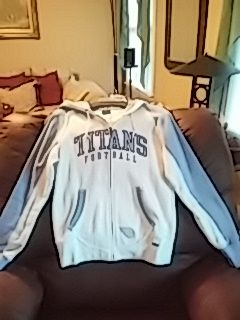 Womens Size Sm.Reebok NFL TITANS FOOTBALL Jacket w/ Hoody. for Sale in Hendersonville, TN