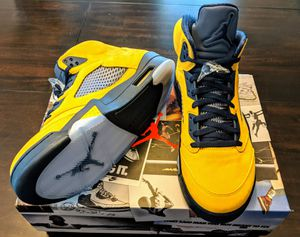 "Air Jordan 5 Retro SP Michigan ""INSPIRE"" Sneakers Amarillo/Navy BRAND NEW IN BOX. size 13 for Sale in Knightdale, NC"