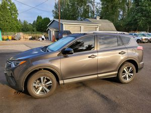 2018 toyota rav 4 xle awd for Sale in Vancouver, WA