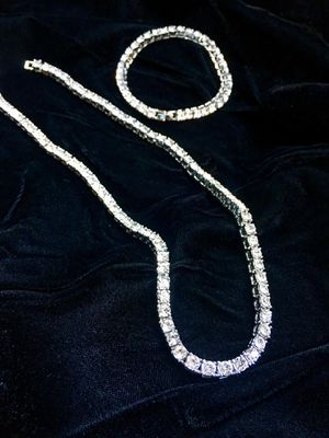 FULL DIAMONDS CZ 18K GOLD NEW TENNIS CHAIN NECKLACE MADE IN ITALY for Sale in Beverly Hills, CA