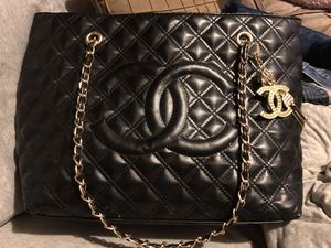 CC black leather tote purse for Sale in Kingsport, TN