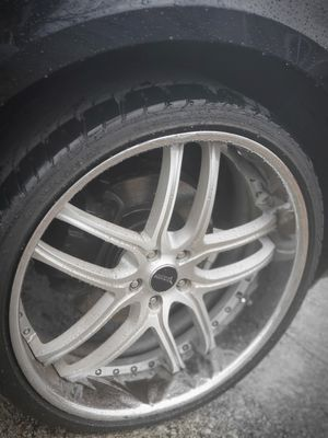 24 inch rims for Sale in Clinton, MD