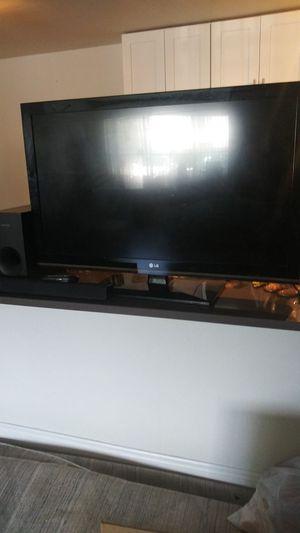 "47"" LG Monitor with Samung soundbar + Sub for Sale in Oakland Park, FL"