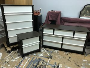 Contemporary Bedroom Set for Sale in Macomb, MI