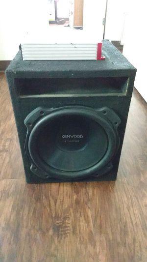 Crunch powerone amplifier 600 watts and I got a kenwood system for Sale in Phoenix, AZ