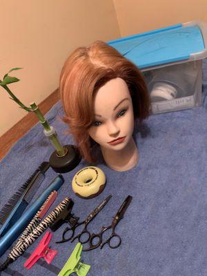 Blonde hair Mannequin for Sale in Ellenwood, GA
