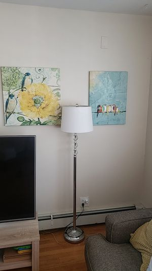 Wall decor and floor lamp for Sale in Hackensack, NJ
