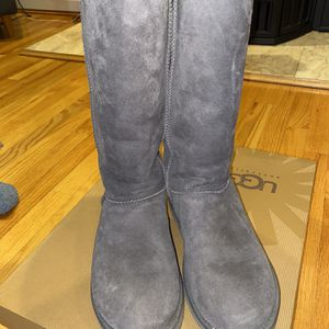 UGG Grey Classic Tall Boots (size 9) for Sale in Bristol, CT