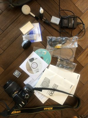 Nikon D3200 and accessories for Sale in Chicago, IL