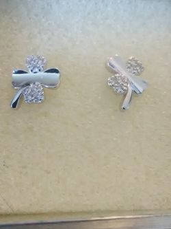 Four Leaf Clover 925 Sterling Stud Earrings for Sale in Lombard,  IL