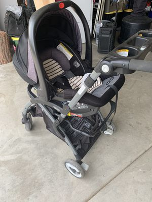 Graco Infant car seat and stroller for Sale in Soledad, CA