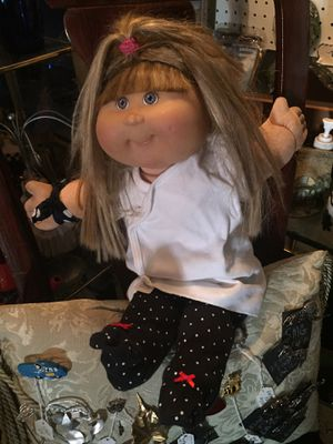 Real - Signed Cabbage Patch Doll with LifeLike Hair! for Sale in Boynton Beach, FL