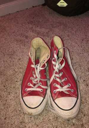 Red converse girls size 7 for Sale in Raleigh, NC