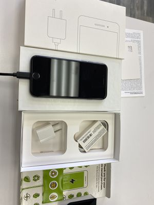 iPhone 8 64gb For Sprint! for Sale in Oakland, CA