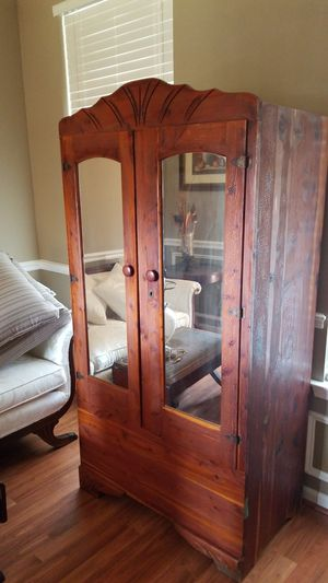 Cedar Armoire with skeleton key for Sale in Mauldin, SC