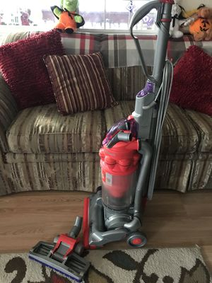 Dyson vacuum. for Sale in Wood Village, OR