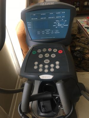 Octane Fitness q37e Elliptical Cross Trainer for Sale in Miami, FL