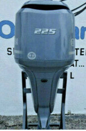 """2003 225HP YAMAHA FOUR STROKE OUTBOARD MOTOR WITH A 25"""" SHAFT THIS POSTING IS FOR THE MOTOR ONLY . IF YOU NEED CONTROLS OR A PROP PLEASE CONTACT US for Sale in Fort Lauderdale, FL"""
