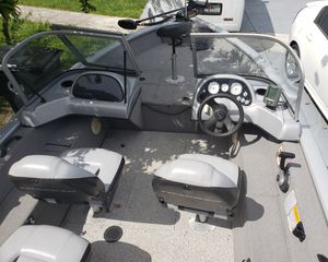 2010 bass trackerv 16 wot with 60 hp mercury for Sale in Coral Springs, FL