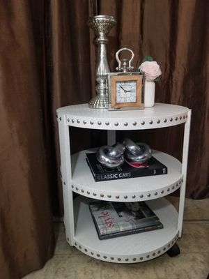 Home Decor Faux Gator Nailhead Cart-Table for Sale in Jackson Township, NJ