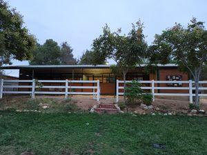 Barn horse stalls for Sale in Corona, CA