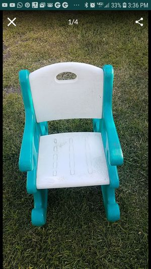 Rockin chair for Sale in Rialto, CA