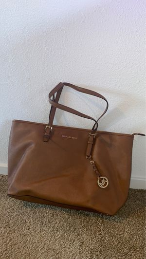 Michael Kors tote bag with laptop sleeve for Sale in Seattle, WA
