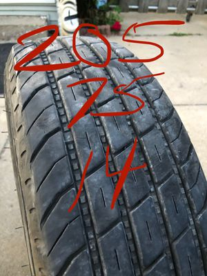 205 75 14 trailer tire for Sale in Cleveland, OH
