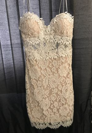 F21 lace dress for Sale in Chicago, IL