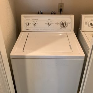 Kenmore Washer & Dryer(electric) for Sale in Clovis, CA