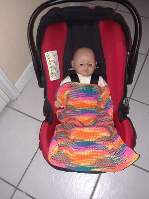 New ... knitted security/ cuddle/ car seat blanket 20 inches x 16 inches for Sale in Killeen, TX