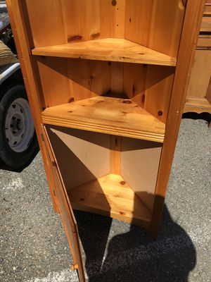 Nice corner shelf for Sale in San Leandro, CA