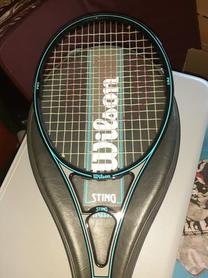 Wilson Sting graphite mid sized tennis racket. In great shape. W cover for Sale in Hemet, CA