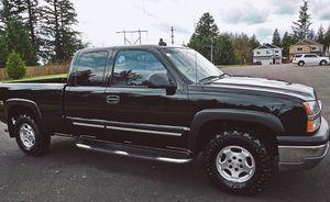 2003 CLASSIC CHEVY SILVERADO 4x4 EXTENDED CAB for Sale in Atlanta, GA
