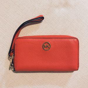 Brand New Michael Kors Burnt Orange ZIP Around Wallet for Sale in Alexandria, VA
