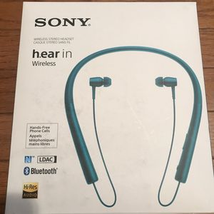 New Sony MDR EX750BTLM Wireless Bluetooth Headphones for Sale in Willoughby Hills, OH