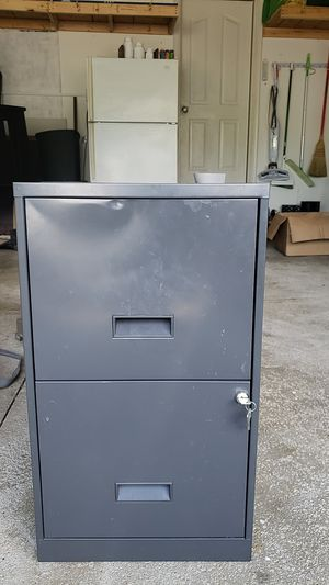 2 drawer file cabinet with lock for Sale in Olmsted Falls, OH