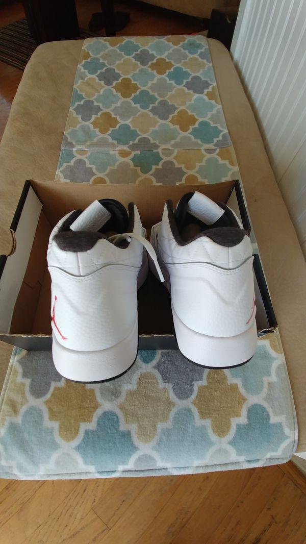 New Jordan's size 11 clutch