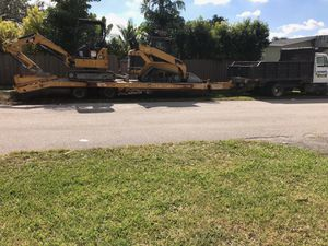 Bobcat and excavator for Sale in Miami, FL