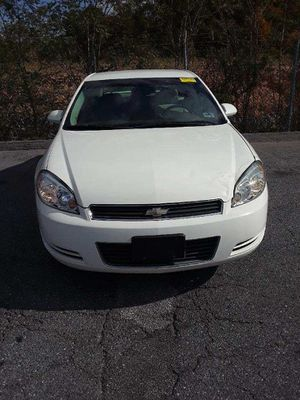 2006 chevy impala 140000 miles smooth ride no mechanical issue this car is reliable and good on gas 2800 for Sale in Frederick, MD