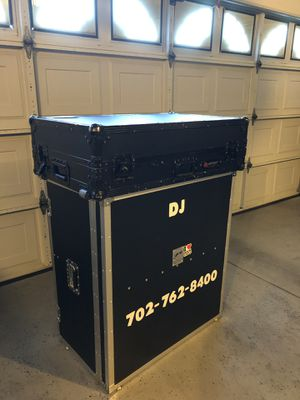 DJ Equipment/ Numark NS7 with case & stand. for Sale in Las Vegas, NV
