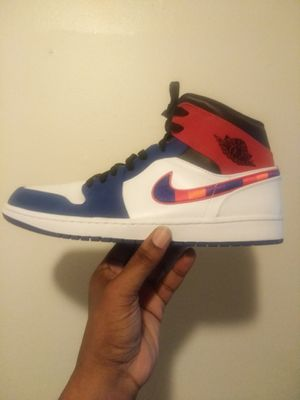 Jordan Mid 1 red & blue size 11.5 for Sale in Aurora, CO