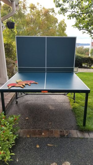Ping pong table including paddles for Sale in Lakewood, WA