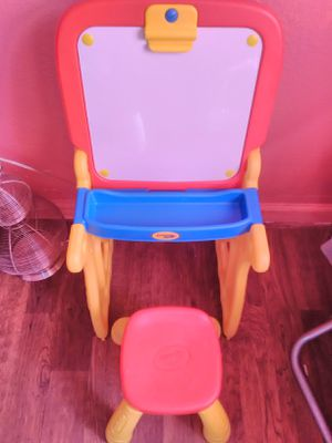 Kids easel desk for Sale in Fontana, CA