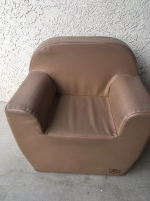 Kids sofa chair (price firm) for Sale in San Marcos, CA