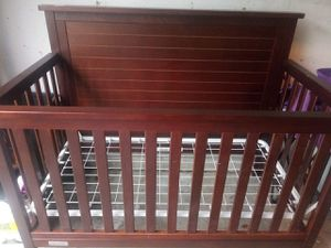 Crib and changing table for Sale in La Vergne, TN