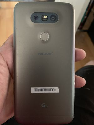 Verizon LG G5 smartphone volume button works occasionally (AS IS) for Sale in West Covina, CA